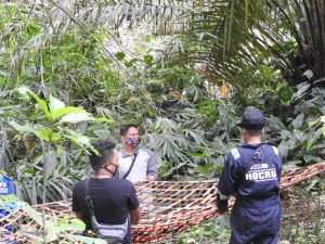 OIC HOCRU team worked in a joint team of OIC HOCRU team, WCS team, BKSDA Aceh and Subissalam Police to evacuate Elsa